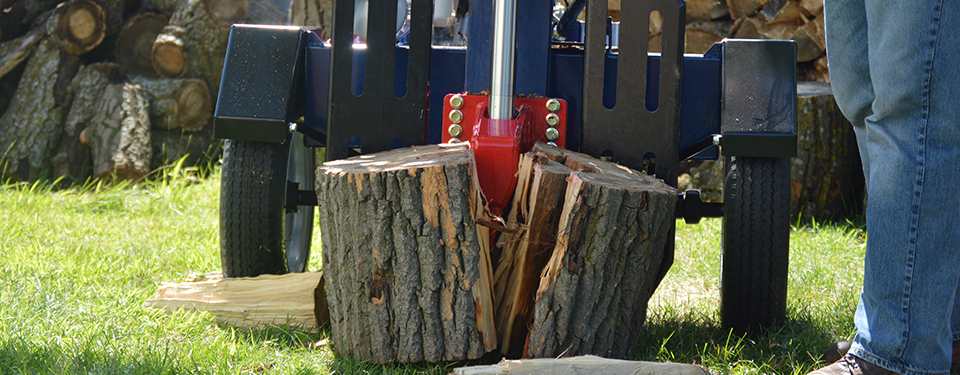 Log Splitter in Use as a Banner for the Log Splitters Page
